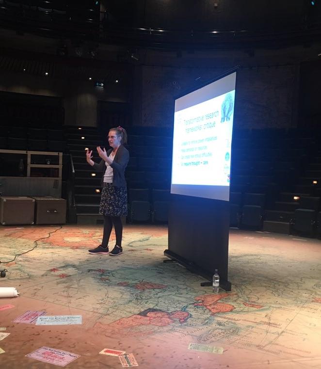 me presenting at CRMSS17